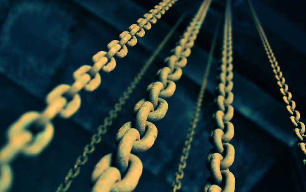 Close up of lift chains
