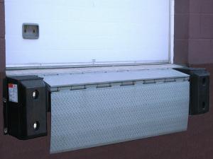 loading dock leveler equipment